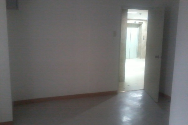 Small office space for rent makati philrealty for Terrace 33 makati